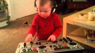 an0dyne - Adderall vs. Lil Wayne - Go DJ (Grimey Dubstep) 2010
