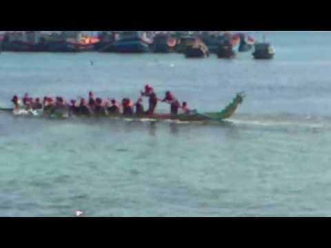 Đua thuyền Lý Sơn 2013
