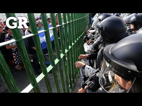 Frena Guardia a caravana migrante
