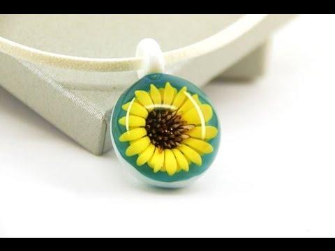 Borosilicate Glass Sunflower Silver Galaxy Pendant