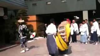 肥田町獅子舞保存会が矢橋一丁目周遊獅子舞 その2