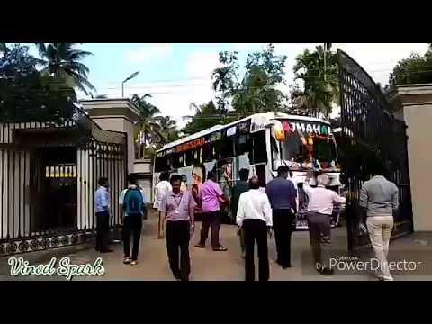 മൊഞ്ചൻ അങ്കം തുടങ്ങി മക്കളെ! TAJMAHAL Travels Kollam - MES Engineering College First Trip Exclusive