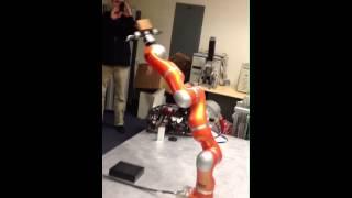 ROBOT ARM IN MOTION Sound