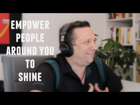 The Starmaker: 7 Strategies to Empower People Around You to Shine - with Lewis Howes