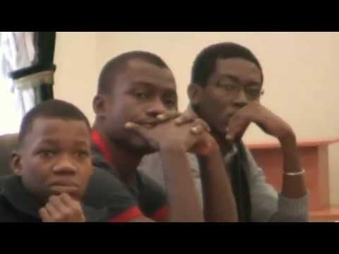 Rencontre des etudiants avec le doyen de l'universite nationale d'Economie( generation 2012)