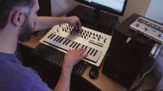 Korg Minilogue Retro Jazz Improvisation