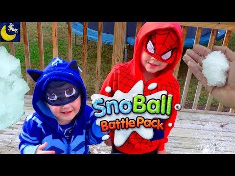 Spider-Man & Catboy Snowball Fight! DIY Make Gelli Snow Snowball Battlepack Zimpli Kids Video Review