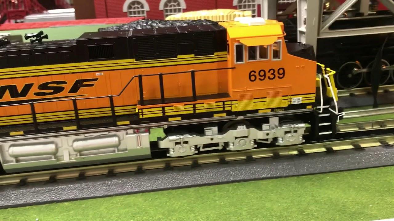 MTH Railking BNSF ES44AC Review