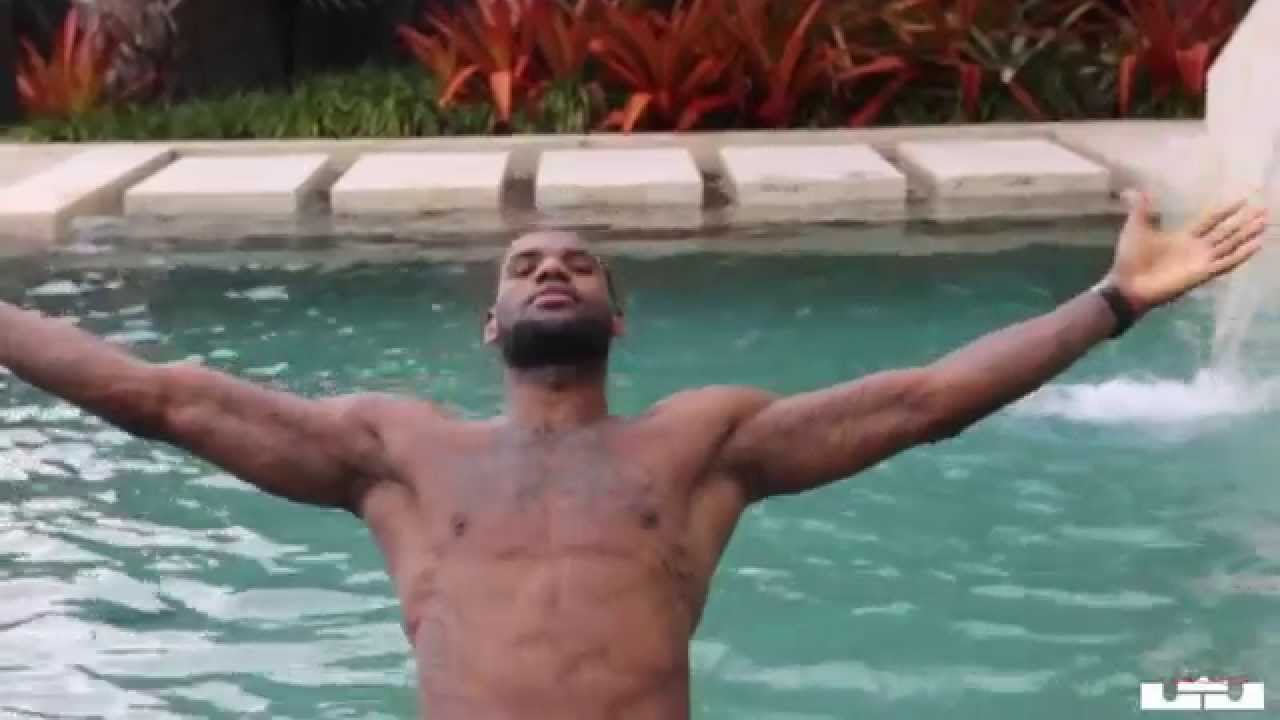 f078cf0f86f7 LEBRON JAMES DAY OF LIFE 2014 PRE PLAYOFFS PREPARATION WORKOUT PRACTICE 2  OF 5