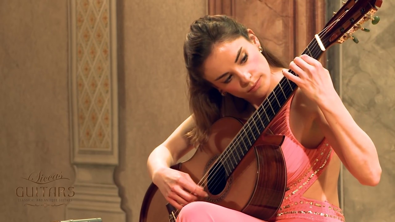 Ana Vidovic plays Recuerdos de la Alhambra by Francisco Tárrega on a Jim Redgate classical guitar