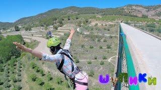 Шупики. 38 выпуск. Роуп-джампинг. Алкой. Аликанте. Испания. (Alcoy. Rope jumping. Puenting. España.)