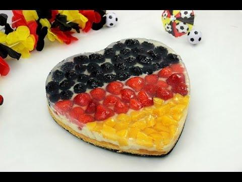 Fußball WM Obstkuchen | Deutschland Flagge als Kuchen