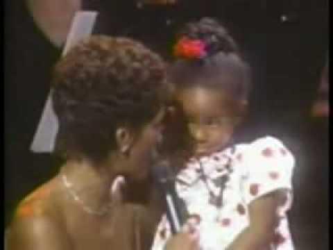 Whitney Houston - Shoop Audience (Live)
