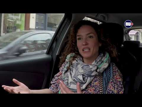 In de auto met Katja: Gosschalk 'toffe pik' ondanks 'dom gedrag'