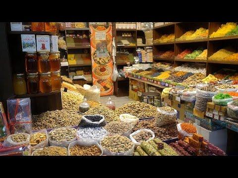 Todas as especiarias do Cáucaso no Bazar de Yashil