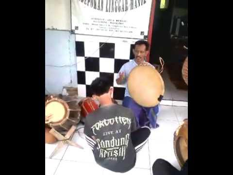 Mang Ayi feat Vilariant Art