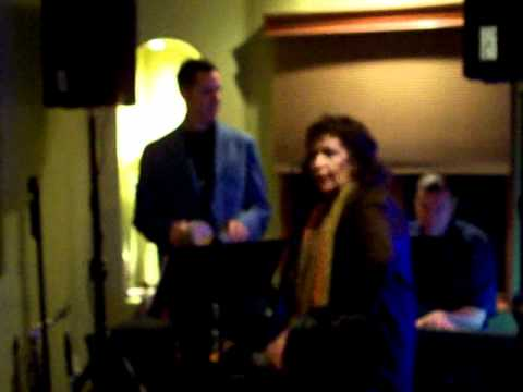 Nancy Lane sings Esto es Falicidad