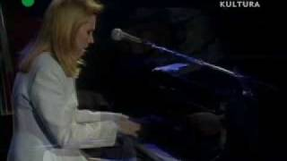 Watch Diana Krall They Cant Take That Away From Me video