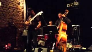 Yavuz Akyazici Trio - Ms. Mihrinnisa