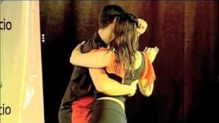Baixar A Arte de Dançar a Dois: Forro