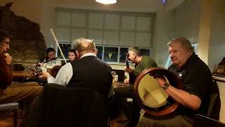 09- The Good House Traditional Irish Music session on 08/17/2018