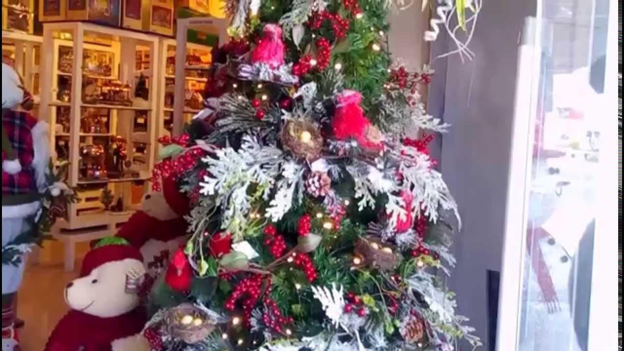 Ideas arbol de navidad rojo facilisimo y economico para el - Arboles de navidad decorados 2017 ...