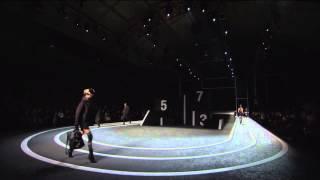 10月16日、H&MとAlexander Wangのコラボコレクションの発表イベントがNew Yorkの競技場Armoryで開催された。トランポリンウォールのパフォーマンスを皮切...