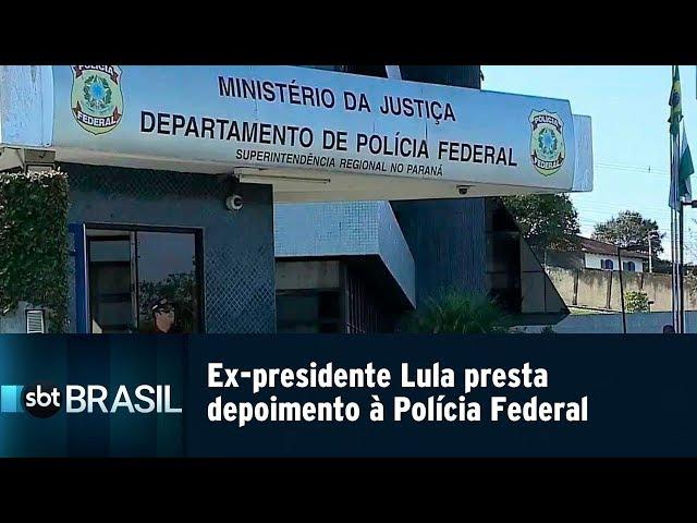 Ex-presidente Lula presta depoimento à Polícia Federal | SBT Brasil (26/02/19)