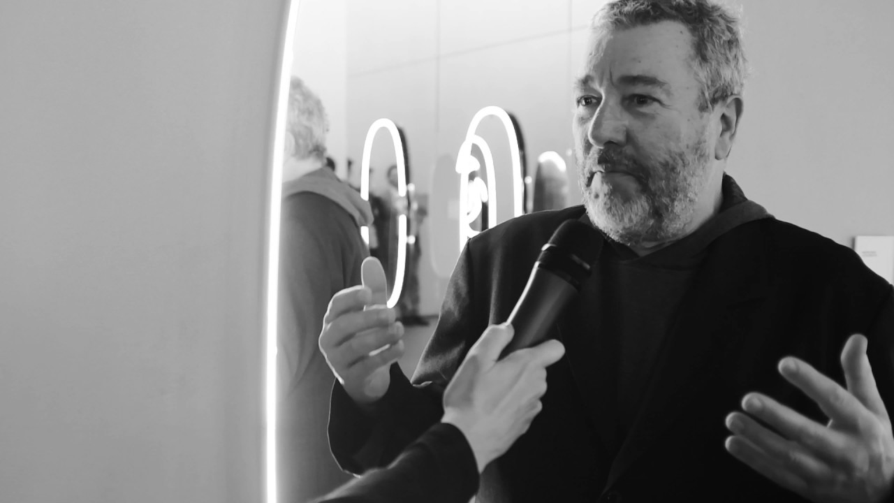 flos interviews philippe starck at euroluce 2017 youtube. Black Bedroom Furniture Sets. Home Design Ideas