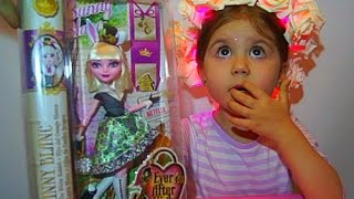 Обзор куклы БАННИ БЛАНК из Эвер Афтер Хай doll Review  Ever After High Bunny Blanc