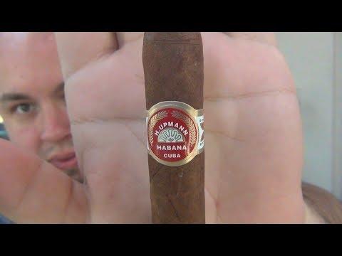 Smoking JFKs (John F. Kennedy) Favorite Cigar (Cuban H.Upmann Petite Corona)