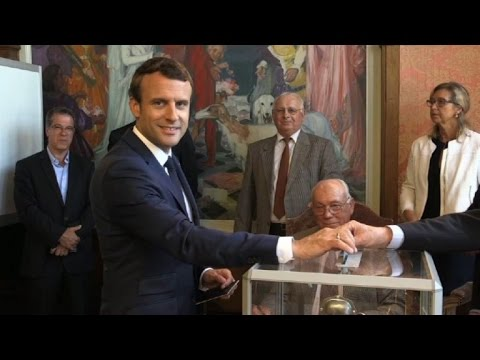 Thumbnail: Macron votes in French parliamentary election