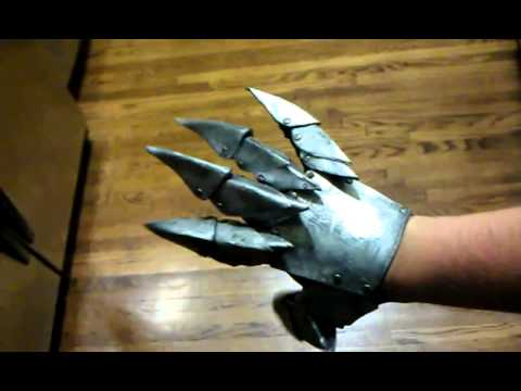 how to build officer vi gauntlets