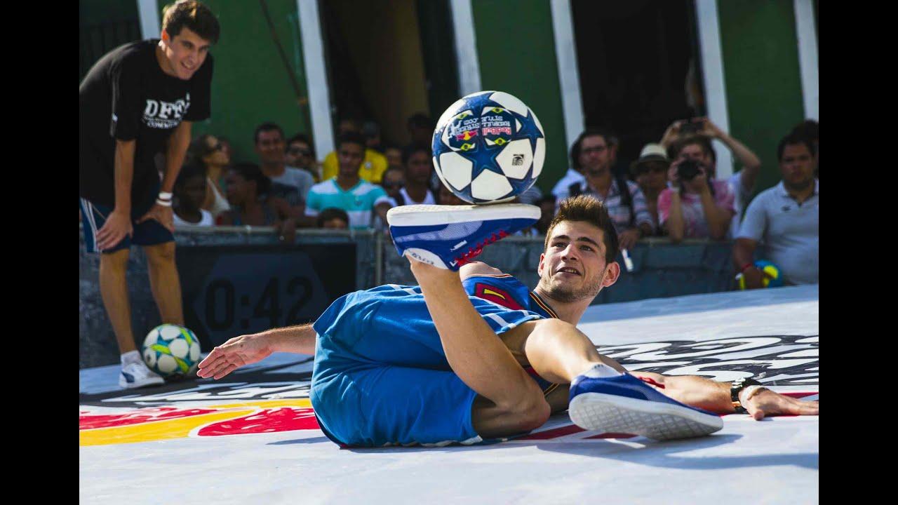 Freestyle Football Battles in Brazil  - Red Bull Street Style 2014