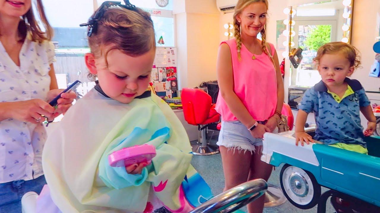 toddler u0027s first hair cut youtube