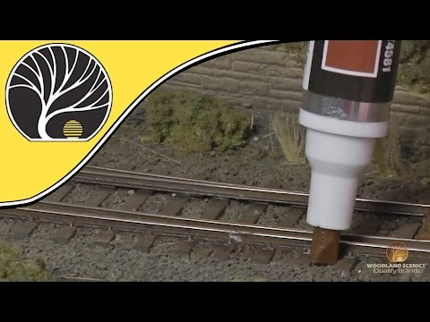 Track Painters – Model Railroad Track Weathering Tool | Woodland Scenics | Model Scenery
