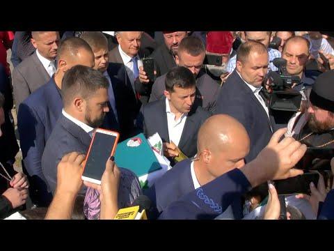 Владимир Зеленский верующим УПЦ: Опишите проблемы и мы разберемся