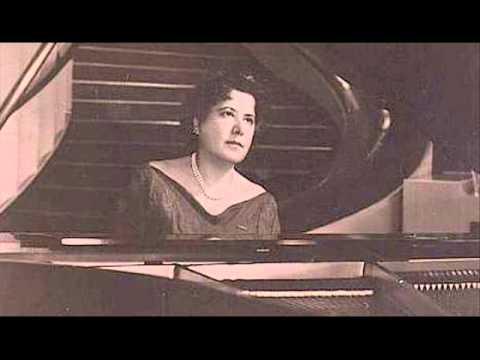 Guiomar Novaes plays Schumann Romance in F sharp Op. 28 No. 2