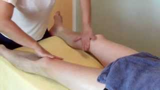 Download Video Massage legs and feet 2/2 - massage legs with oil MP3 3GP MP4