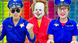 Chucky steals motorcycle   Police & Puppy with Car Ride Chase!