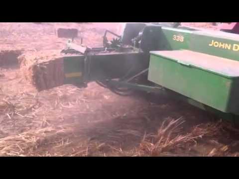 Baler machine Johndeere