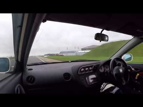 A couple of laps of Bedford Autodrome GT in an Integra DC5 Type R