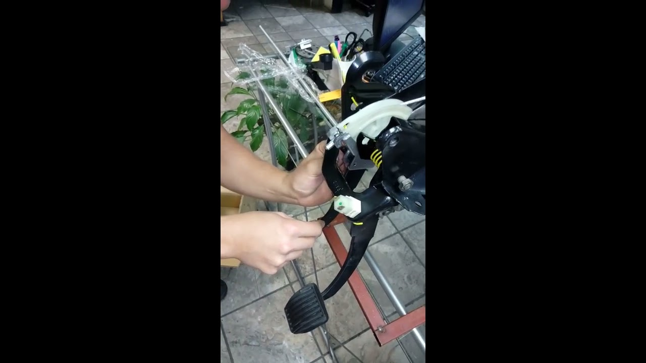 Plastico pedal clutch chevy