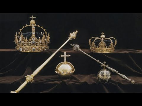 Thieves steal Swedish crown jewels in broad daylight