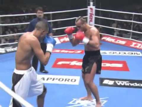 Badr Hari vs Stefan Leko        . K-1 World Grand Prix 2005