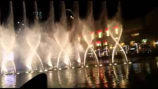 Dubai dancing fountains - Dhoom Taana 🎶