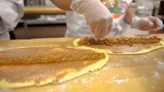 Houma Mardi Gras - Cannata's King Cakes