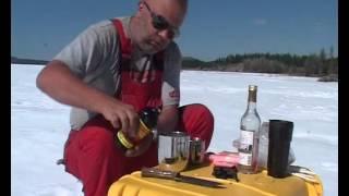 Как приготовить коктейль лонг айлэнд айс ти эксклюзивное видео(Эксклюзивный видеорецепт приготовления знаменитого коктейля с использованием якутского спирта и соломоч..., 2014-07-06T06:27:14.000Z)