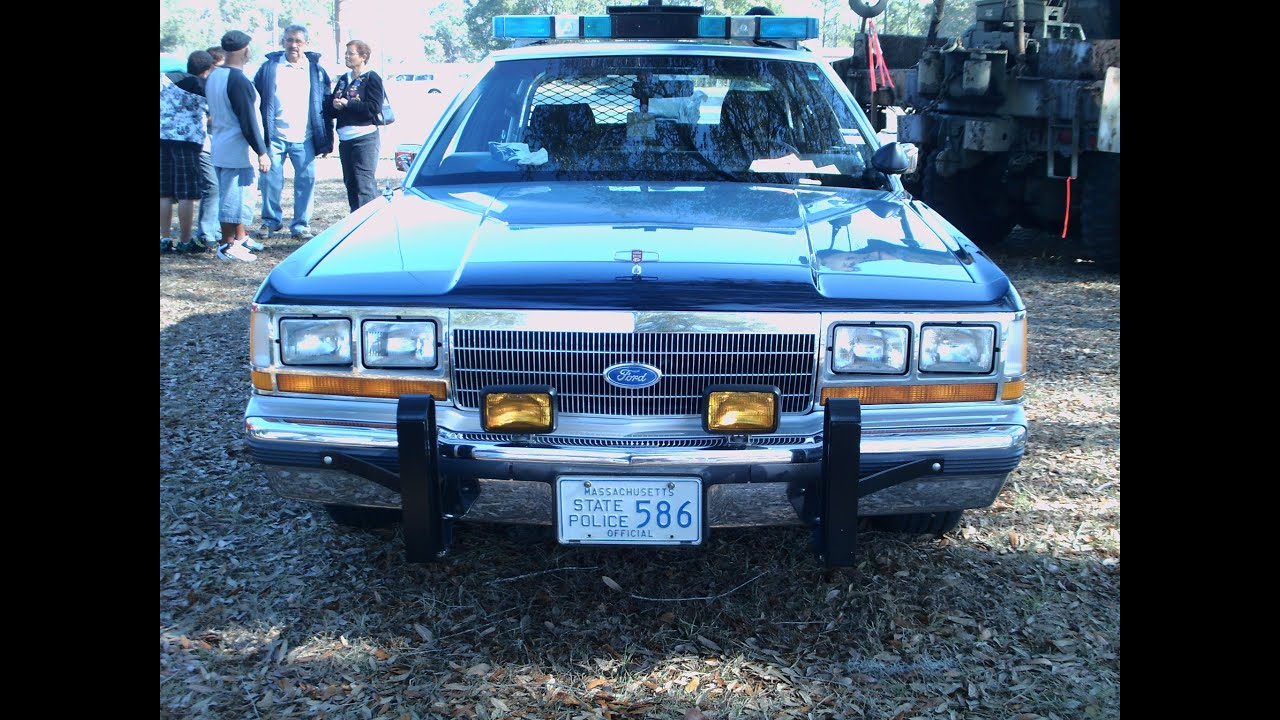 1988 Ford LTD Crown Victoria Massachusetts State Police car BluGray ...