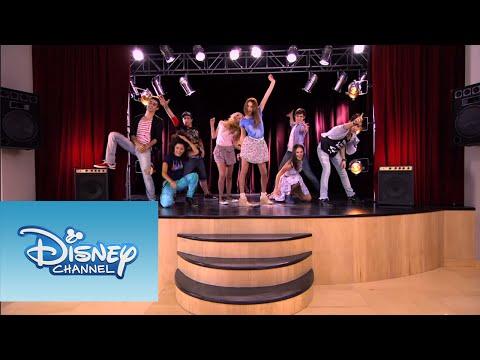 Los chicos bailan ¨Tienes el talento¨ | Momento Musical | Violetta